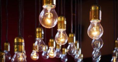 Changer ampoule lampe lumière facile spot