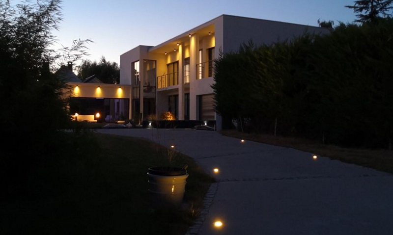 comment bien eclairer exterieur, éclairage exterieur jardin