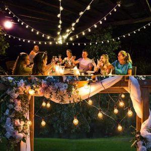 eclairage guirlande extérieur table jardin